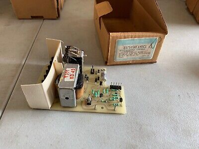 Ge 3s7505kf140c1 Photoelectric Controls Circuit Board Incandescent Nos