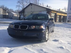 2005 BMW 325 xi new safety All wheel drive