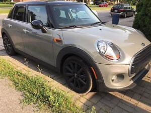 2016 MINI COOPER 5 Door (lease take-over)
