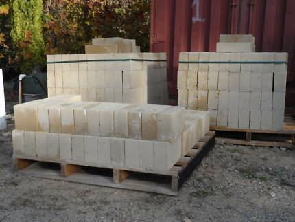 $2.40 ea LIMESTONE BLOCKS 290x162x90  OR $230/100 Wattleup Cockburn Area Preview