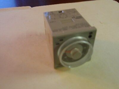 Omron H3CR-A8 Timer Used