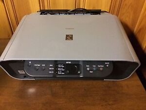 Imprimante couleur scanner canon m160