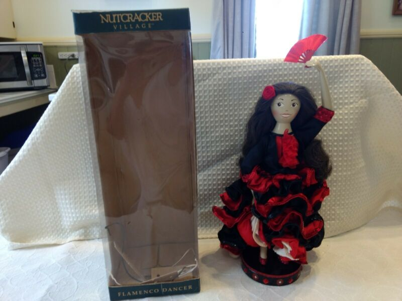 The Nutcracker Village Handcrafted Flamenco Dancer **2004** EUC