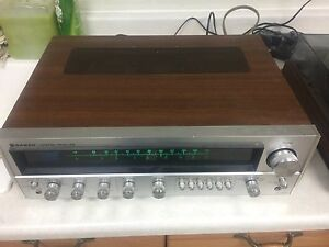 Vintage am fm receiver