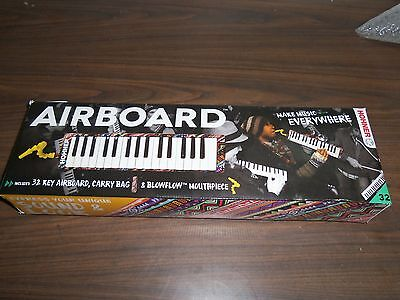 Hohner AirBoard - 32-key Melodica With Bag