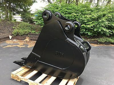 New 24 Heavy Duty Excavator Bucket For A Komatsu Pc200 With Pins