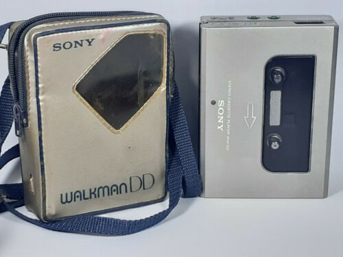 Sony WM DD VTG Walkman cassette player W/ case motor spins Good condition