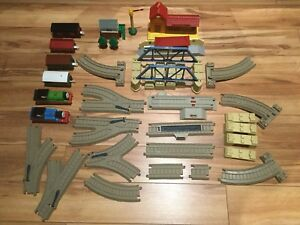Thomas and Friends, Trackmaster railroad with many parts