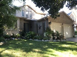 Steps to the Lake- Large 4Bdrm House