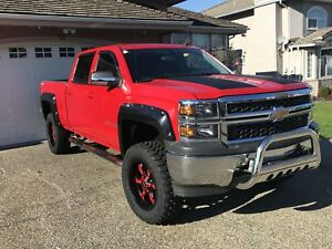 2014 Chevrolet Silverado Crew Cab 4X4 with a lift