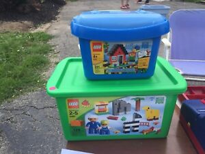 Duplo and LEGO / only LEGO set left