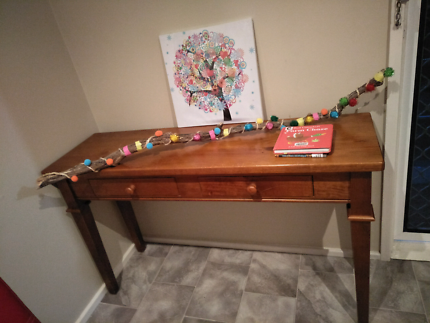Beautiful Hallway table/ Sideboard/ Console