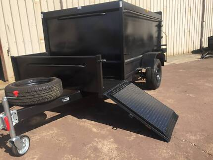 LAWN MOVER 8X5 WITH RAMP HI WALL CAGE 12 MONTHS PRIV REGO $3500