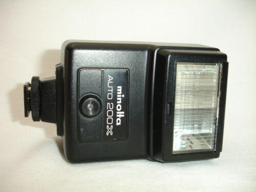 Konica Minolta 200x Flash Auto Electroflash Shoe Mount