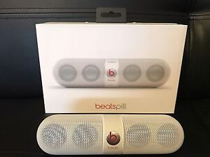 Beats Pill - White