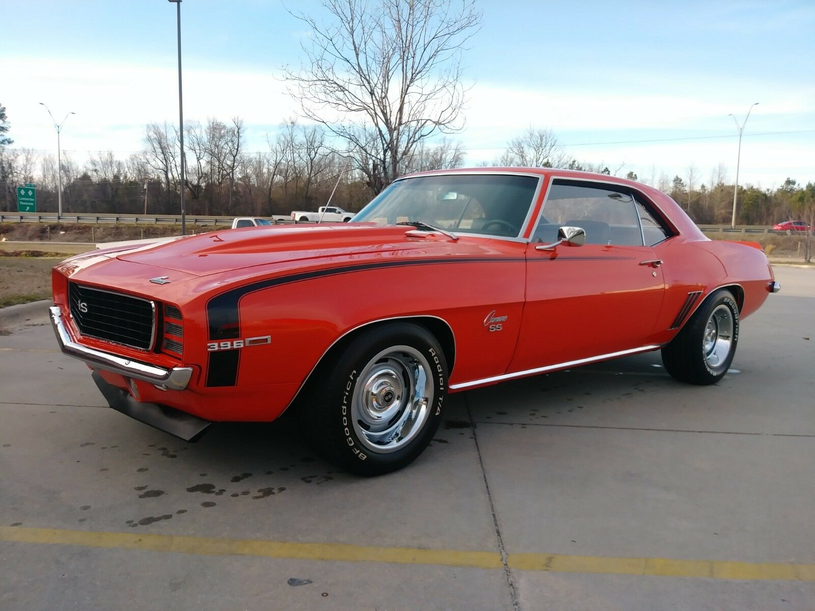 1969 HUGGER ORANGE Chevrolet Camaro  CAMARO SS | First Generation Camaro Photo 1
