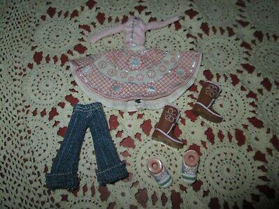 "BRATZ KIDZ 7"" JADE REPLACEMENT CLOTHES & SHOES EUC"