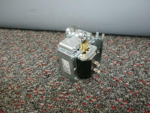 DORMEYER 2536-M-1 Solenoid 120VAC Coil Volts