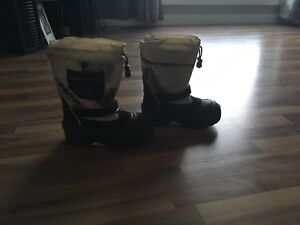 Boys Size 3 Baffin Winter Boots