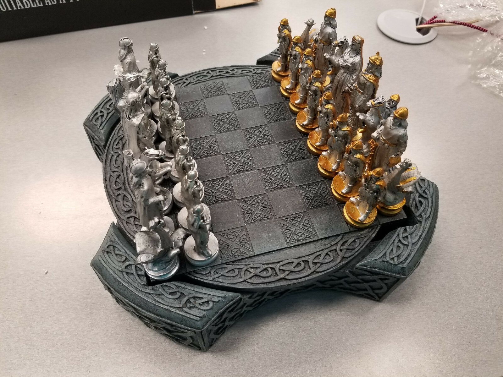 new viking chess set with 32 polyresin