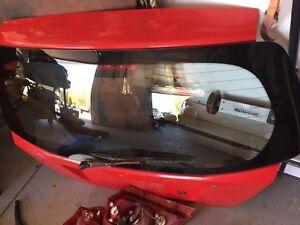 2006 Pontiac wave hatch