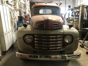 1948 Ford F135 Dually
