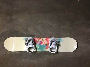 Firefly Snowboard (brand new) Includes bag