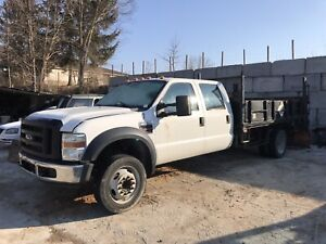 2008 Ford F-550 crew cab flatdeck with power lift gate
