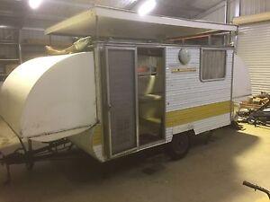 Cabana 10 Ft Caravan Lake Albert Wagga Wagga City Preview