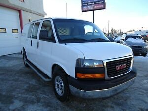 2017 GMC Savana 2500 CLEAN CarProof, Power Locks & Windows, 4.8L