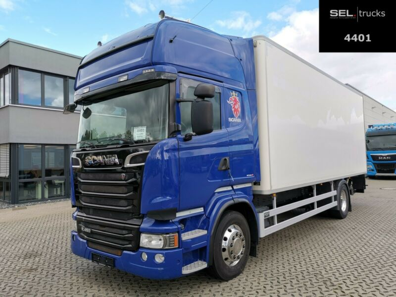 Scania R 450 / Koffer isoliert