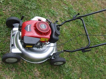 Xceed lawn mower Beenleigh Logan Area Preview