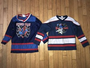 2 hockey jerseys (size 5)