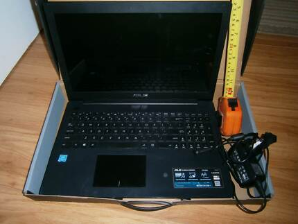 """ASUS laptop 17"""" F553MA as on picture (NOT WORKING) for spare part"""