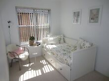 Single Room 100m from Beach - Females Only Dee Why Manly Area Preview