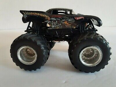 "Hot Wheels Monster Jam ""Dragons Breath"" 1:64 Monster Truck Rare Silver Rims"