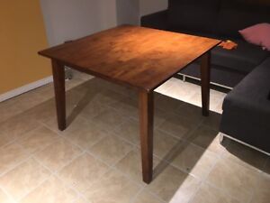 Apartment Size Table ***REAL WOOD*