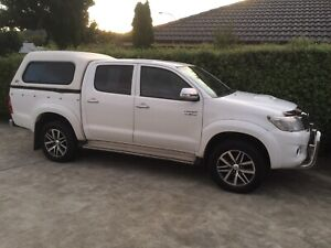 Sell/Swap SR5 Hilux 4wd for 2wd