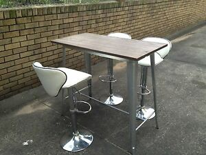 Island table and 3 leather bar stools Kingsford Eastern Suburbs Preview