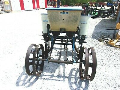 Ford 309 2 Row Planter With Fertilizer Box Free 1000 Mile Delivery From Ky