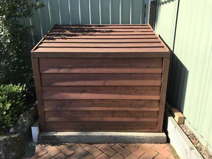 Timber pool filter enclosure
