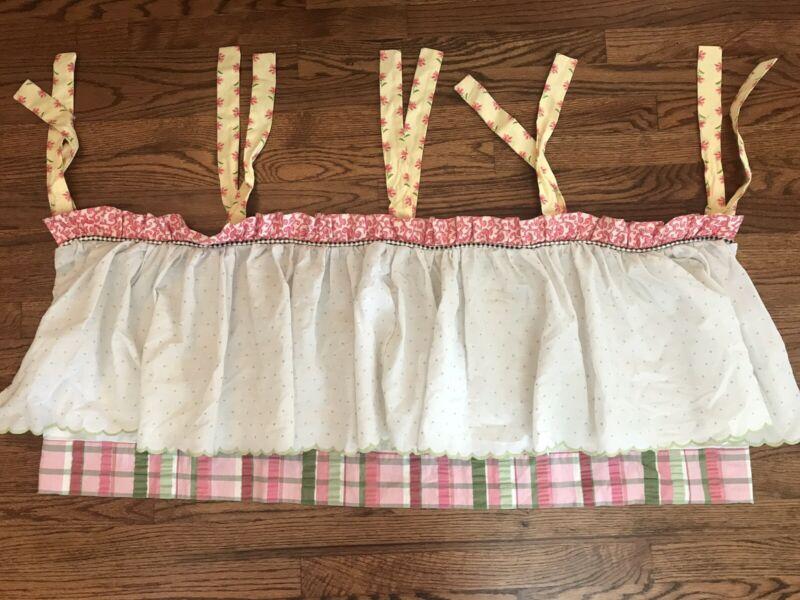 Doodlefish Tie Valance Girl's Nursery