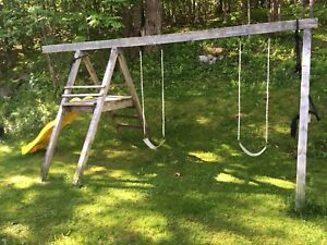 Swing set free must take entire set not selling parts