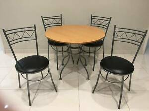Extremely Cheap Round Kitchen Table with chairs