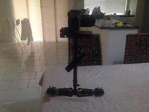 GLIDECAM HD2000 w/ MANFROTTO 577 QUICK RELEASE PLATE Eatons Hill Pine Rivers Area Preview