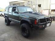 97 Jeep Cherokee 4X4  6CYL, AUTO, BULL BAR, TOW BAR, JUST TRADED. Kingston Logan Area Preview