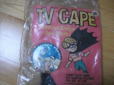 1966 Batman And Robin Charter Member Pin&TV Cape,Unopened - Batman And Robin Capes