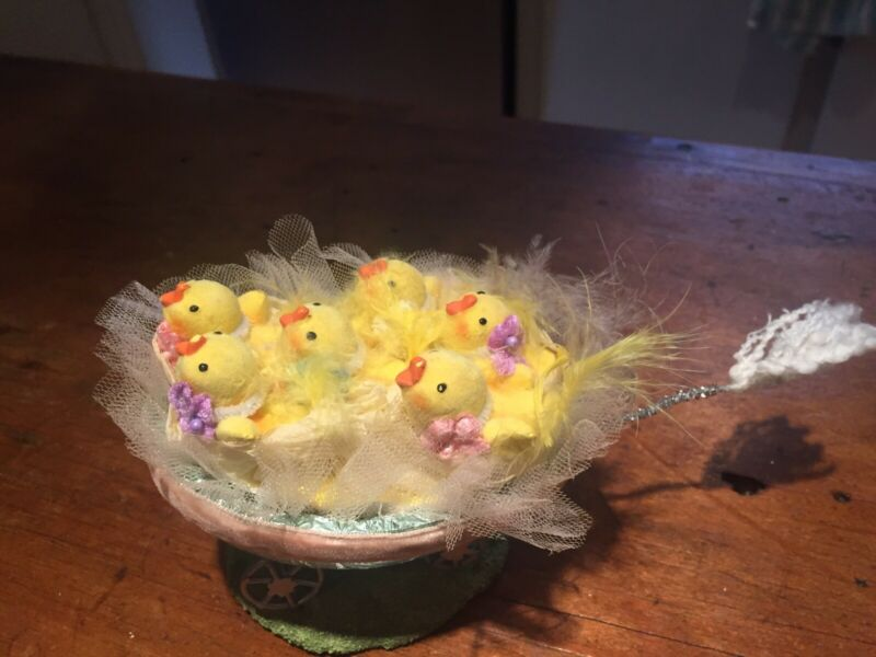 Adorable Resin Foil Easter Egg Wagon with Peeps Chicks Decoration