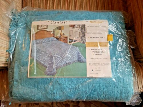 Vintage Set 2 Twin Size Chenille Bedspreads MINETTE FANTAIL TURQUOISE NOS