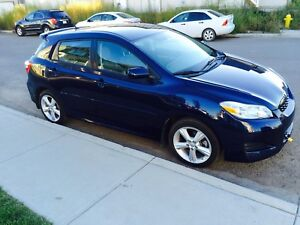 Toyota Matrix For Sale, good condition of car running awesome